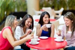 women-cafe